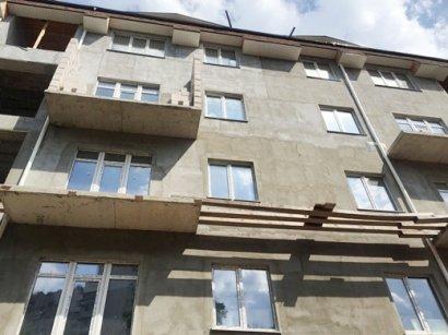 Городские власти намерены добиться сноса незаконно построенного пятиэтажного дома