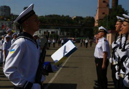 Первокурсники Одесской Морской Академии приняли присягу