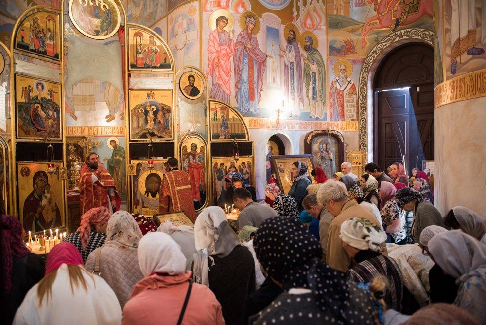 Воздвижение Креста Господня в 2017-ом году: какого числа, приметы, что нельзя делать
