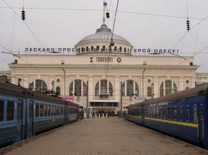 За лето Одесская железная дорога перевезла более трех миллионов пассажиров