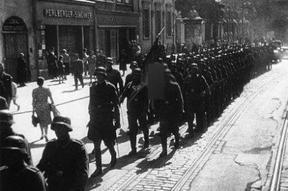 Польша имеет право требовать от Германии 48,8 миллиарда долларов репараций