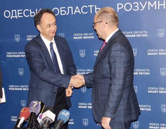 Визит вОдессу посол европейского союза начал встречей состудентами