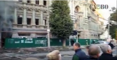 На пожар в доме Руссова подтянулись попиариться политики и общественные деятели