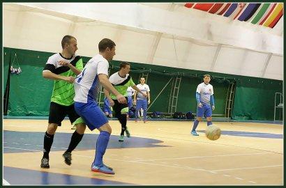 В спорткомплексе МГУ прошел открытый турнир по мини-футболу посвященный Дню юриста
