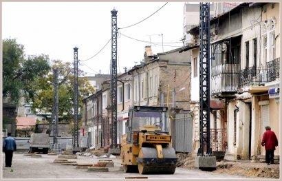 Копии аутентичных столбов снова украсят Косвенную улицу