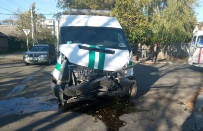 В Одесской области произошло ДТП с участие инкассаторского автомобиля