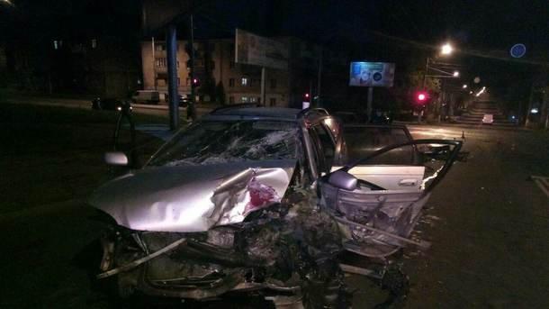 Массовый ночной поджог авто вОдессе оказался бандитскими разборками— милиция