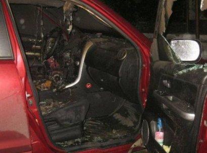 Несмотря на заверения правоохранителей, поджоги автомобилей продолжаются