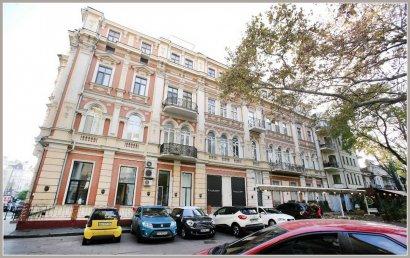 В 1891 году освятили дом Навроцкого