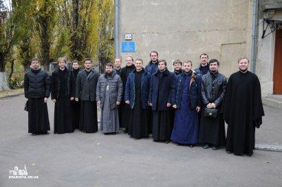 Священнослужители Одесской епархии Украинской православной церкви сдали кровь для детей с онкологическими заболеваниями