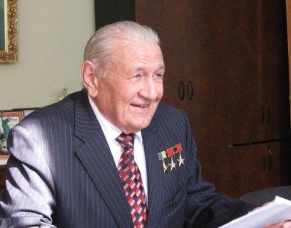 Всеукраинскому аграрному старосте – 90!