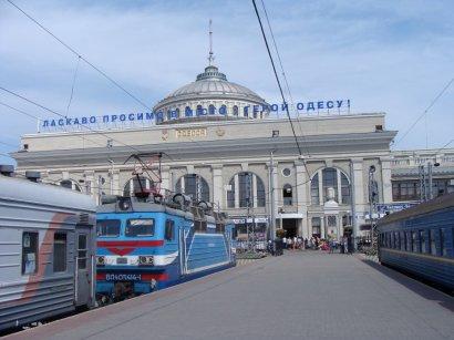 Желающих посетить Одессу по-прежнему намного больше, чем мест в поездах