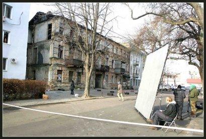 Дом в центре Одессы как натура для съёмок постапокалипсиса