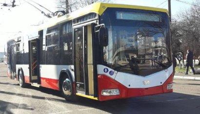 Одесситам презентовали первый из закупленных белорусских троллейбусов, который накануне прибыл в Одессу