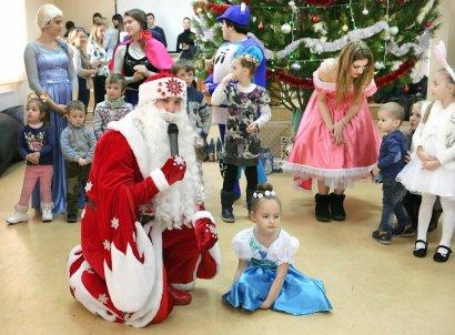 Новогодний утренник в МГУ посетили дети сотрудников и гости из Кодымы