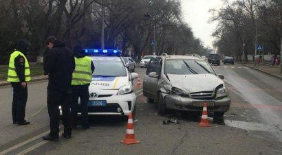 В Одессе полицейские не только расследуют ДТП, но и создают их?