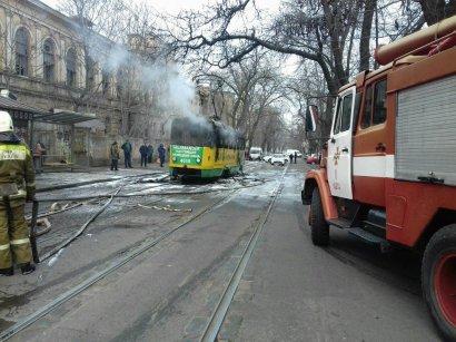 На  Старопортофранковской  сгорел трамвай