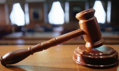 Суд оставил под стражей члена банды, совершившей ряд грабежей