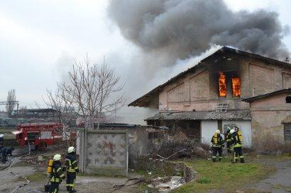 В тушении пожара на станции «Одесса-Сортировочная» помимо пожарных экипажей участвовал и специальный пожарный поезд