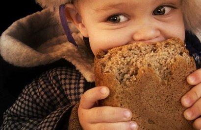 В Белгород-Днестровском более 500 граждан будут получать хлеб бесплатно