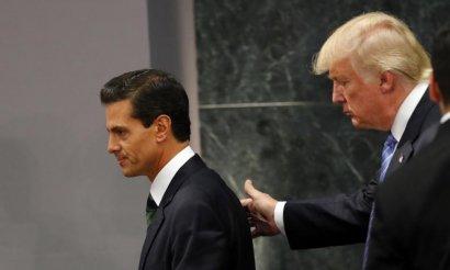 Президент Мексики не поедет в США после телефонной ссоры с Трампом