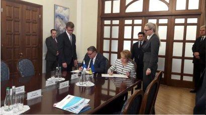 Поделится ли Финляндия с Украиной опытом системы школьного образования на двух языках?