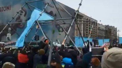 На майдане опять протестуют