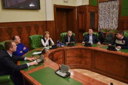 На заседании фракции Украинской морской партии депутаты обсудили предстоящую сессию городского совета