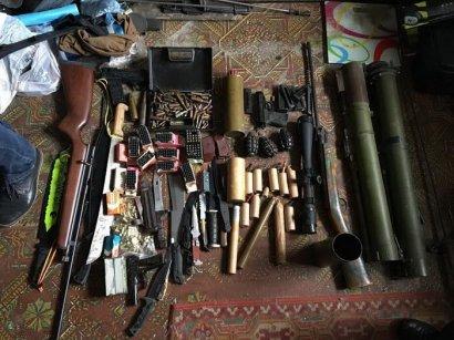 В Одессе СБУ блокировала незаконный сбыт оружия и боеприпасов