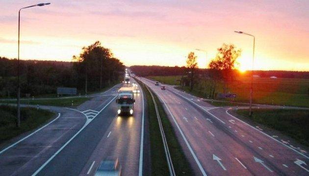 Порошенко поведал овыгодах отремонта дороги Одесса— Рени