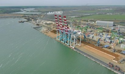 В порту «Южный» достраивают причал длиной 600 метров