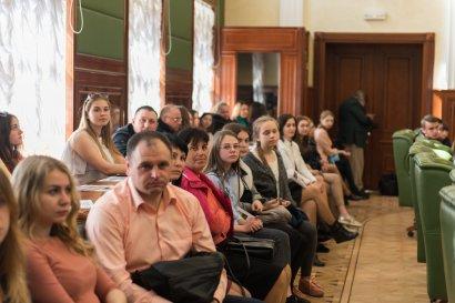 В Одесской Юракадемии прошел первый региональный турнир по правоведению среди учеников 11-х классов