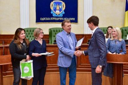 В Одесской Юракадемии состоялась олимпиада «Иностранный язык и профессиональная карьера: право, политика, коммуникация»