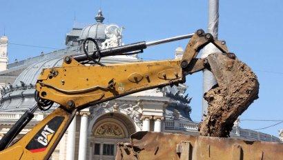 Капитальный ремонт тротуара улицы Ришельевской перед Оперным театром
