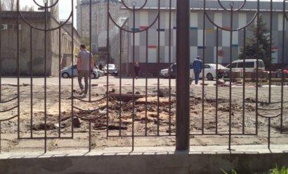 Детская площадка возле ТЦ «Среднефонтанский» должна быть восстановлена