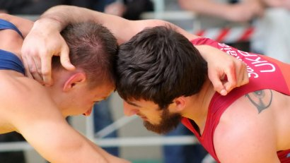 Международный турнир по вольной борьбе «Черное море» открылся в спорткомплексе Одесской Юракадемии