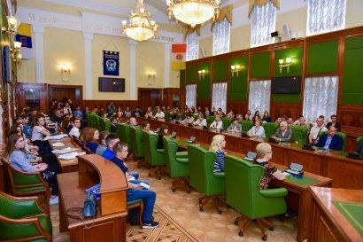 В Одесской Юракадемии состоялся финальный тур Всеукраинской олимпиады по социологии и политологии.