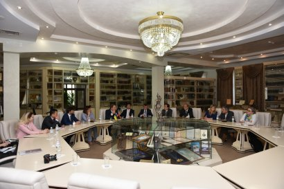 Одессу посетила китайская делегация во главе с замминистра юстиции КНР