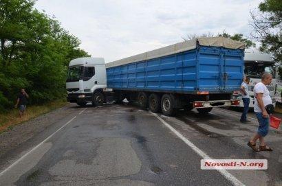 Трасса «Одесса-Николаев» была заблокирована более часа
