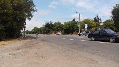 На смертельном перекрестке на Тираспольском шоссе появился полноценный светофор