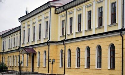Болгария сделала подарок гимназии имени Георгия Раковского по случаю 160-летия