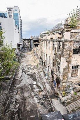 Деволановский спуск начнут ремонтировать «из-под земли»