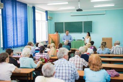 Ближе к инновациям: в Одессе прошел очередной выпуск компьютерных курсов для пожилых людей