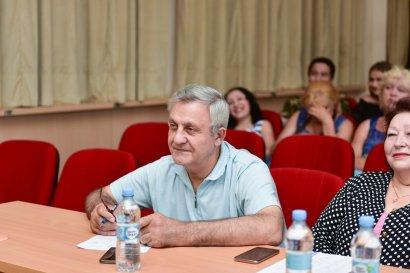 Таланты поют об Одессе: прошел второй отборочный этап вокального конкурса
