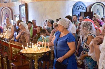В праздник Преображения Господнего в храмах Одессы прошли божественные литургии