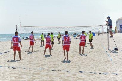 В Затоке прошли вторые ежегодные соревнования по пляжному футболу и волейболу «Летние игры»