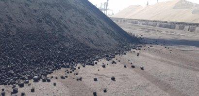 В порт ТИС около «Южного» завезли более дешевую, но токсичную замену угля