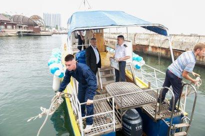 Катер в подарок! Одесский лицей морского транспорта получил подарок от Юракадемии