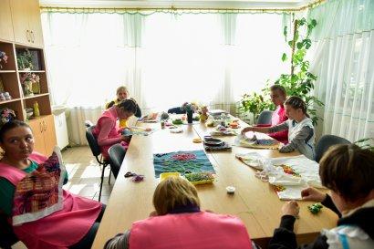 Рукодельные работы воспитанниц Одесского детского дома-интерната на Макаренко, 20 покорили международные выставки