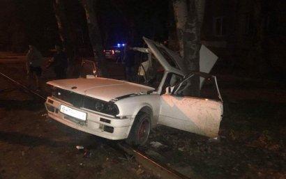 ДТП на Пересыпи: BMW врезался в дерево